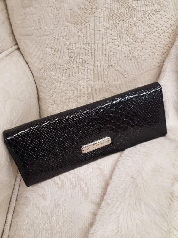 Black Steve Madden clutch bag