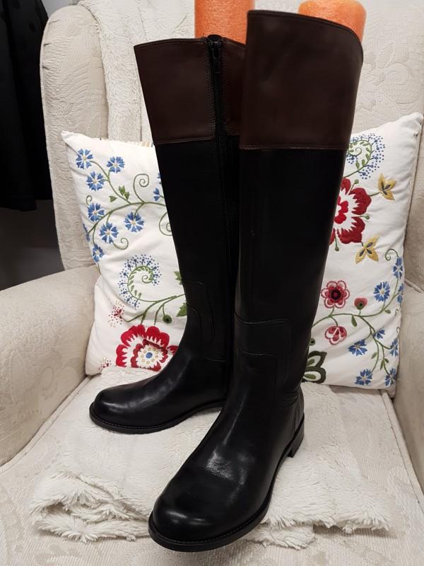 Black Boots Nine West size 5,5