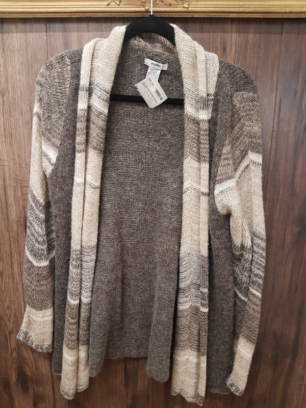 Grey Sweater Cardigan Sisters size M/L