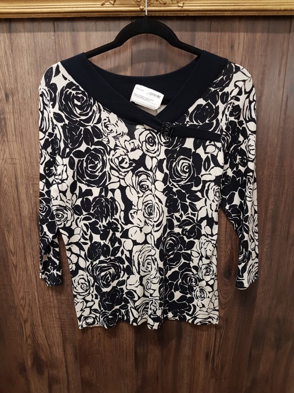 Navy Sweater with roses Emma James size M
