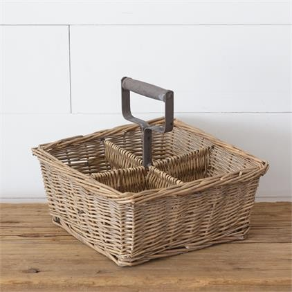 8B2295 Divided Basket