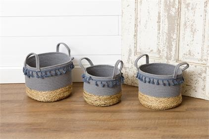 8B2299 Rope and Straw Tassel Baskets