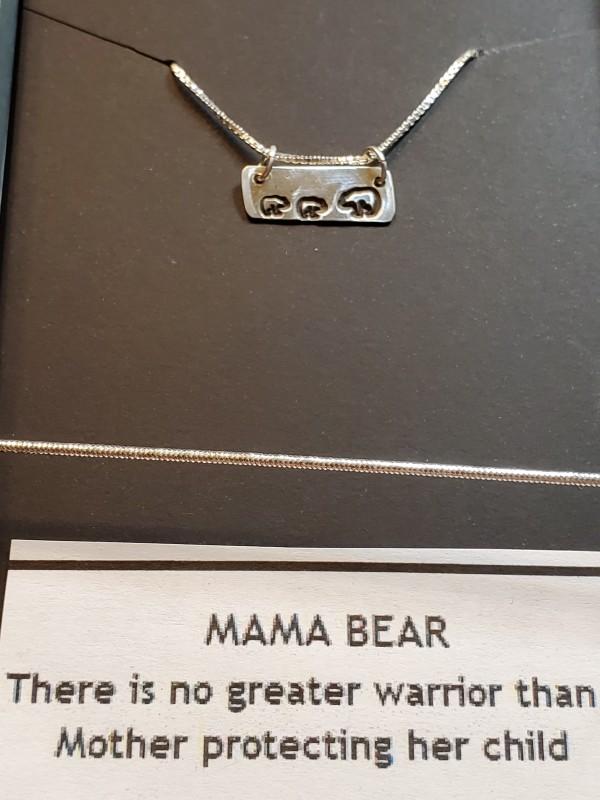 Mama 2 Bear necklace