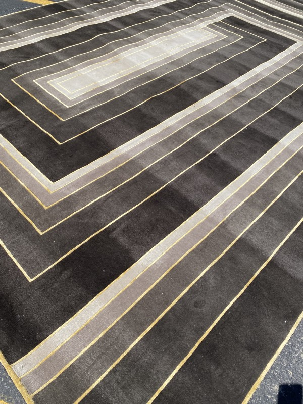 Deco Spiral Hand-Knotted Rug in Wool and Silk by Tim Gosling