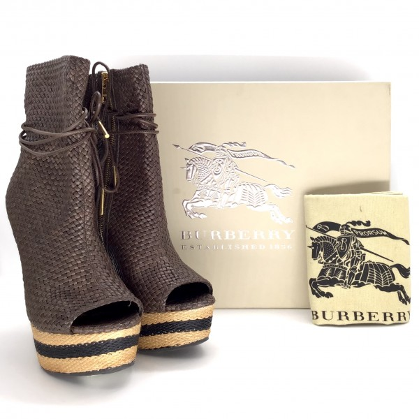 BURBERRY - Size 37