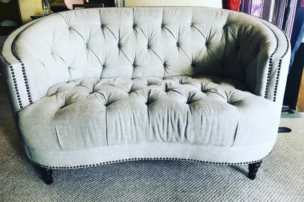 Tufted Upholstered Love Seat
