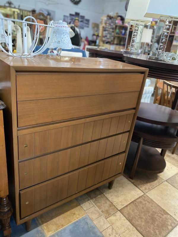 Vintage Project Dresser