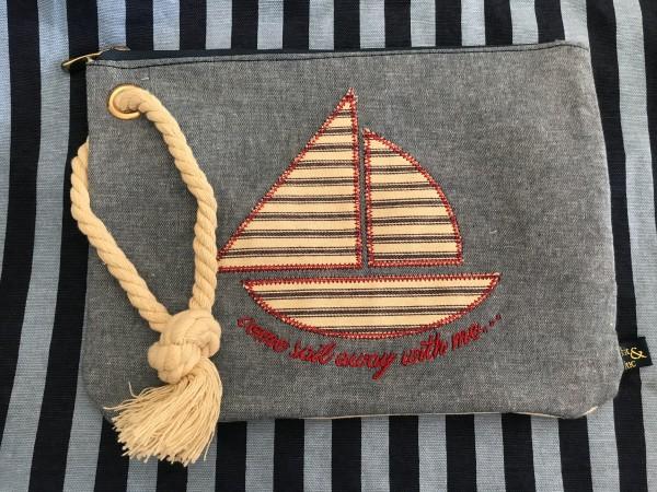 Kit & Luc beach travel bag