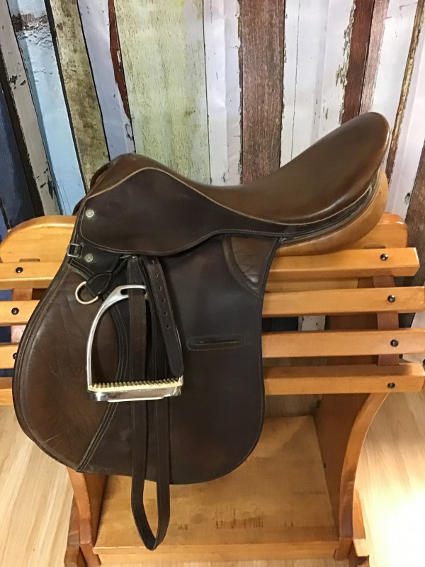"""19"""" Crosby All Purpose Saddle with Leathers and Irons"""
