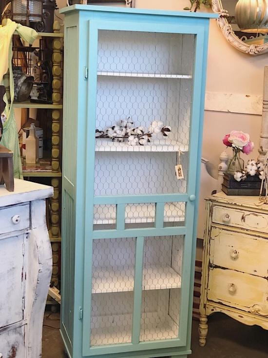 Gracieu0027s Cottage | Furniture | Farmhouse Beadboard U0026 Chicken Wire  Cabinet 016008