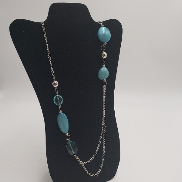 Long Silver Necklace w/Blue Beads/Stones