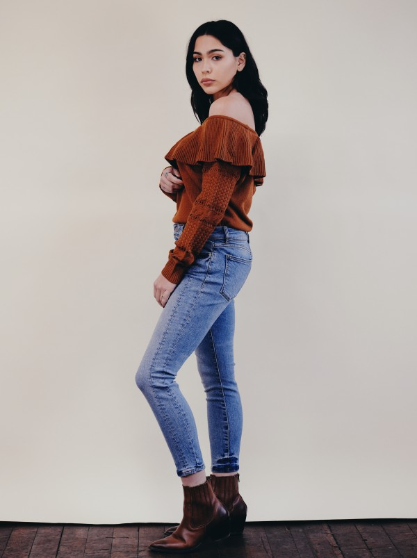 LUMIERE Rust Off The Shoulder Sweater