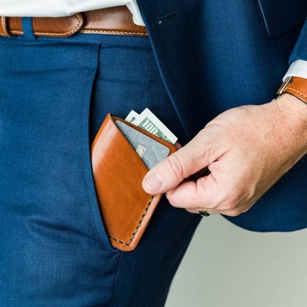 Tall Minimalist Wallet | Buck Bown