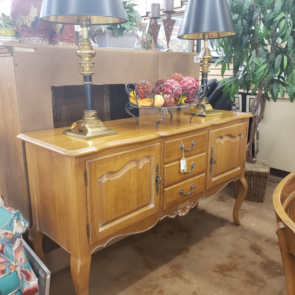 Ethan Allen French Country Sideboard Buffet