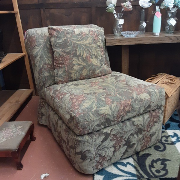 Slipper Chair with Pillow - Floral
