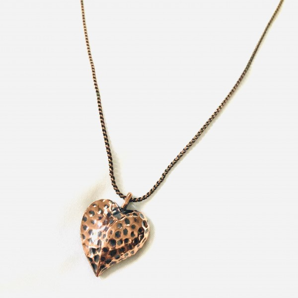 BEAUTIFUL COPPER TEXTURED HEART NECKLACE