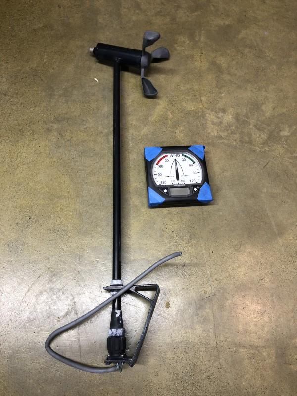 Simrad IS15 Wind Display & Anemometer