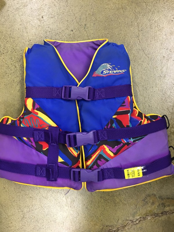 Stearns Youth Ski Vest PFD Purple&Blue