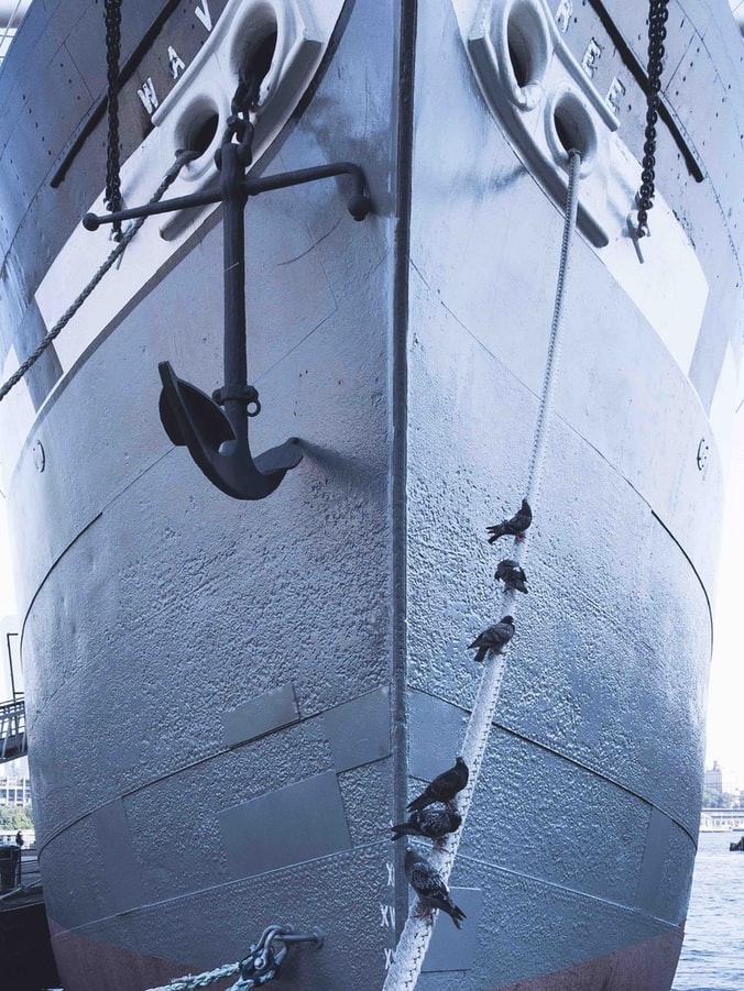 Anchor & Dock
