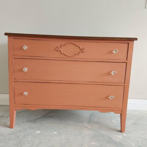 Peachy Keen Dresser