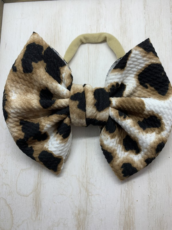 Large Butterfly Cheetah Bow