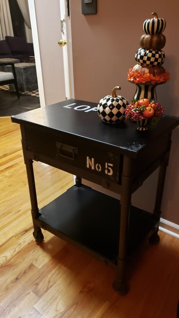 LOFT 5 table