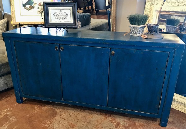 Blue Distressed 3 Door Sibeboard / Console