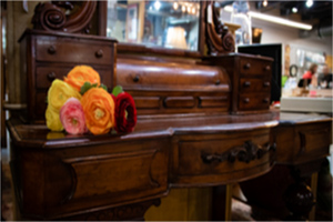 Vintage Vanity | Simply Home Consignments