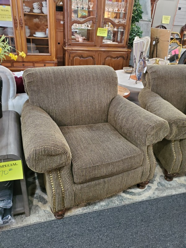 King Hickory Side Chair Brn Cloth Pattern